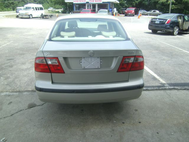 2005 Saab 9-5 UP 4DR 4X4