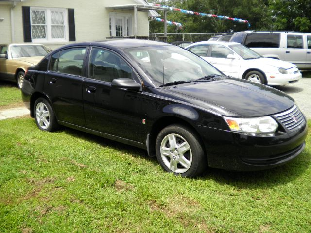 2007 Saturn Ion SLE - ONE Owner Clean Carfax