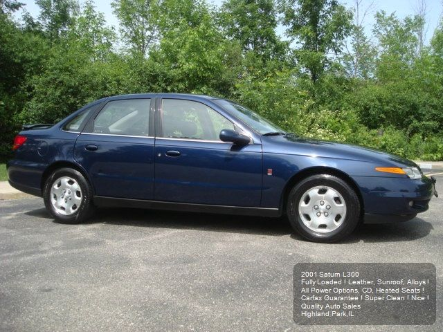 2001 Saturn L-Series T6 AWD 7-passenger Leather Moonroof