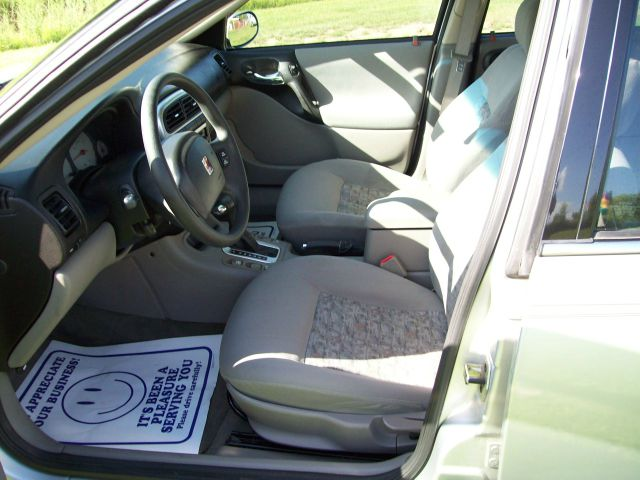 2003 Saturn L-Series T6 AWD 7-passenger Leather Moonroof
