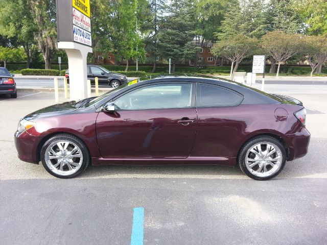 2005 Scion tC Lariat 4WD FX4