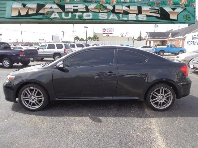 2005 Scion tC AWD 4dr Special Edition W/3rd Row
