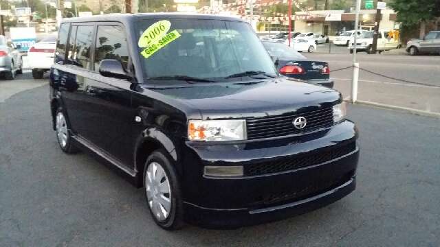 2006 Scion xB SW2