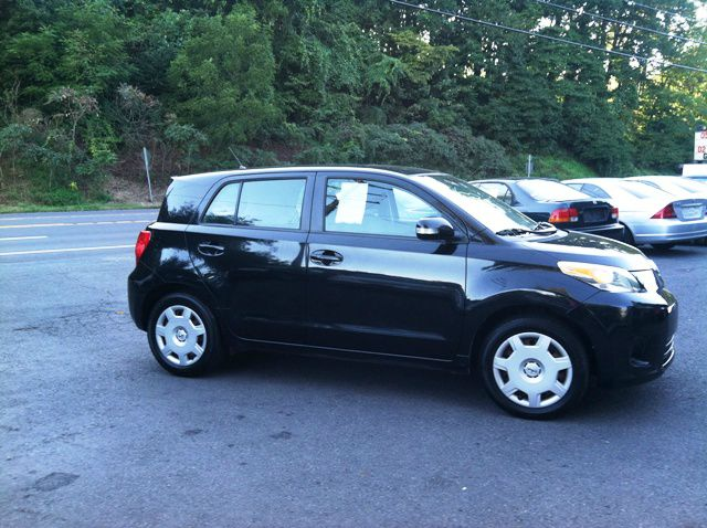 2008 Scion xD 1500 LS Ext. Cab Sportside