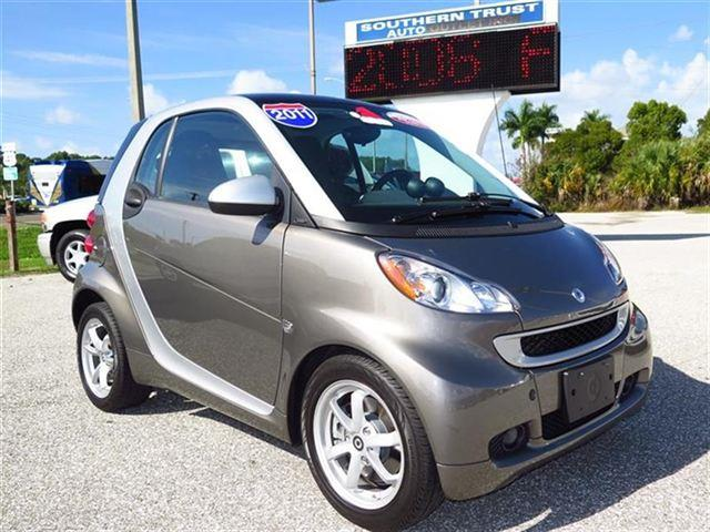 2011 Smart fortwo L Fully Loaded
