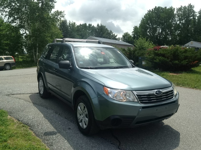 2009 Subaru Forester Ford F250 FX4 Lariat