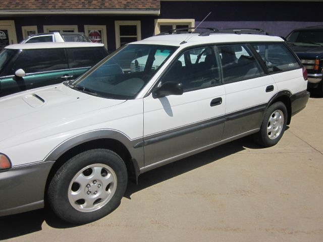 1997 Subaru Legacy Panel LS