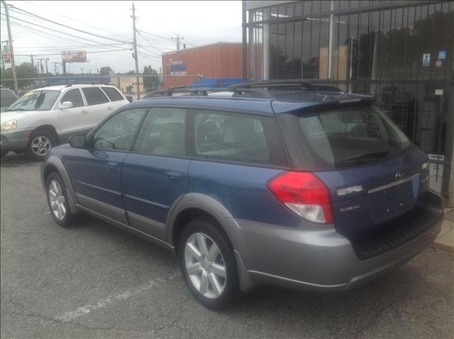 2008 Subaru Outback LTZ 4X4 (marshalltown)