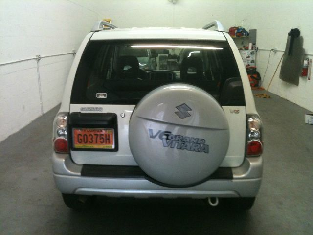 2004 Suzuki Grand Vitara Crew Cab 126.0 WB 1SC LS Z85