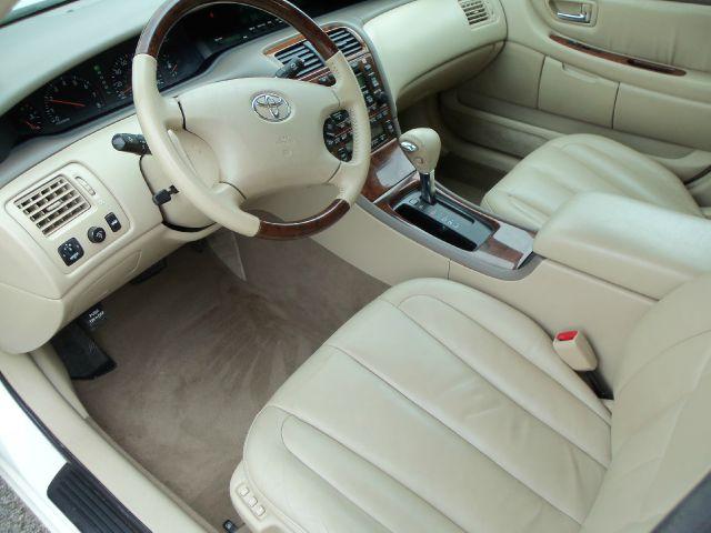2004 Toyota Avalon XLS