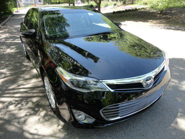 2013 Toyota Avalon Hybrid Flat-bed 2WD