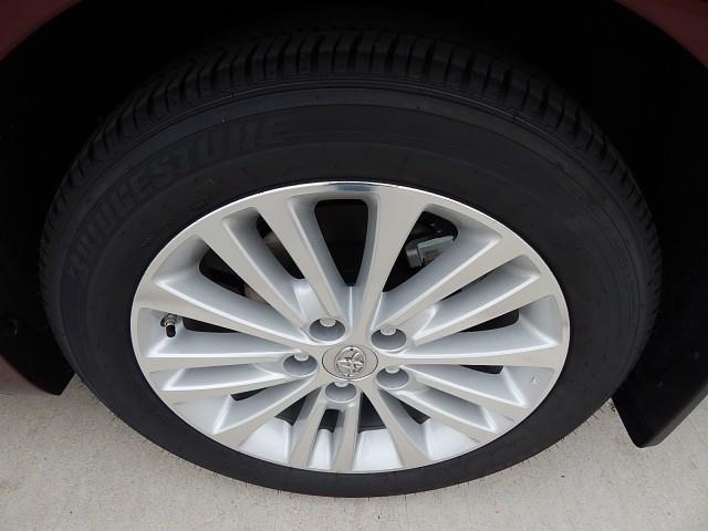 2014 Toyota Avalon Hybrid Unknown