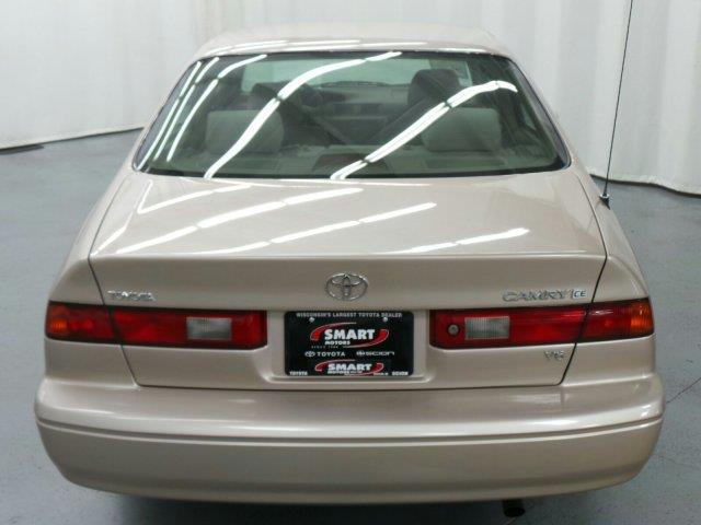 1997 toyota camry sel sport utility 4d details madison for Smart motors used cars madison