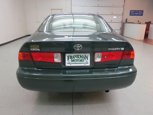 2000 Toyota Camry X