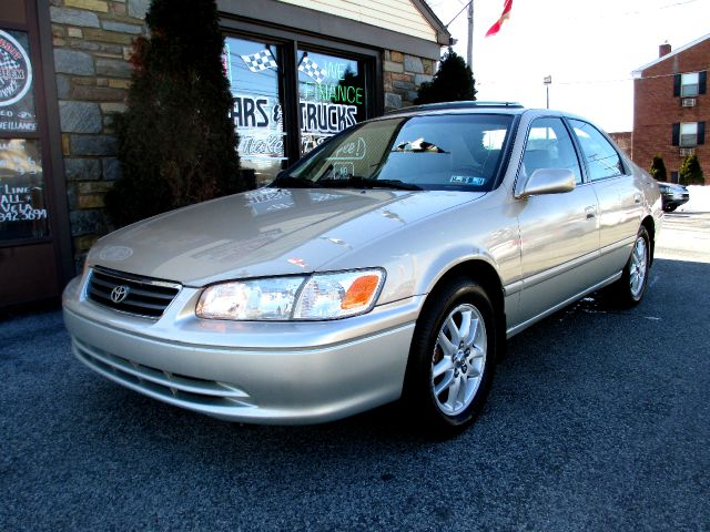 2001 Toyota Camry Ext. Cab 6.5-ft. Bed 4WD