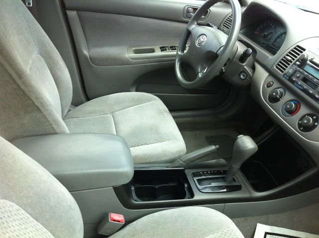 2003 Toyota Camry Ext. Cab 6.5-ft. Bed 4WD
