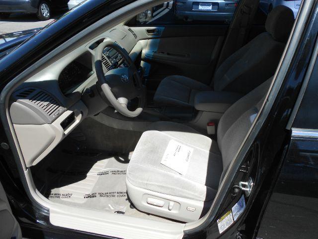 2004 Toyota Camry Stake/dump Box