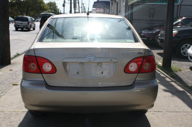 2005 Toyota Corolla LS S