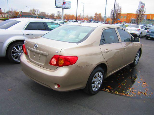 2009 Toyota Corolla Supercab Flareside XL