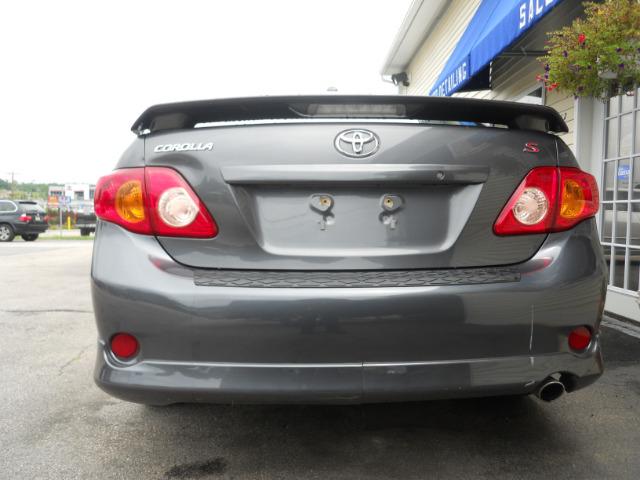 2010 Toyota Corolla Supercab Flareside XL