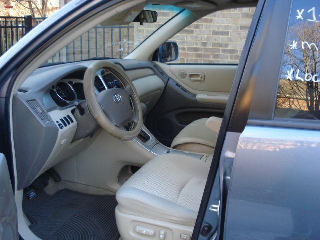 2004 Toyota Highlander 4dr 1500 4WD SLT 4x4 SUV