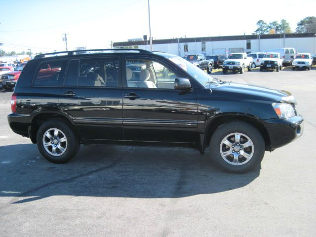 used 2008 toyota highlander for sale pricing features autos post. Black Bedroom Furniture Sets. Home Design Ideas