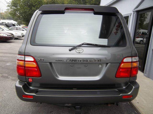 2002 Toyota LandCruiser Ram 3500 Diesel 2-WD