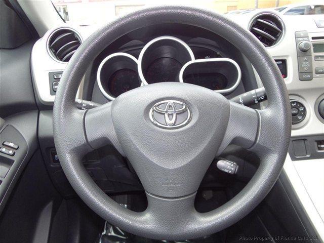 2010 Toyota Matrix 1 Owner