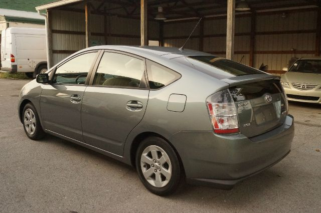 2004 Toyota Prius 750li Xdrive 1-ownerawdnavigation Sedan