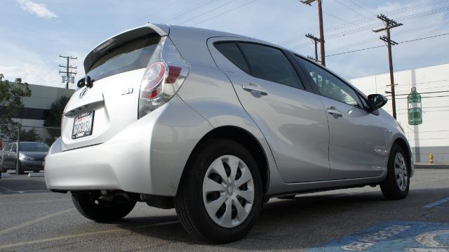 2013 Toyota Prius c G 15