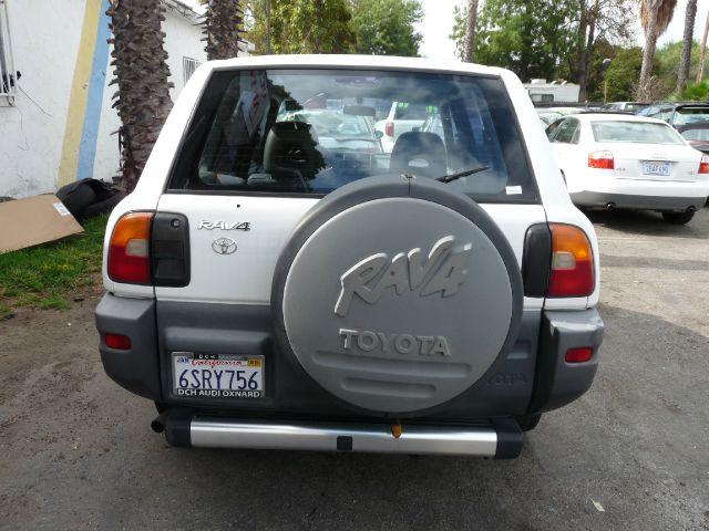 1997 Toyota RAV4 2WD Ext Cab Manual