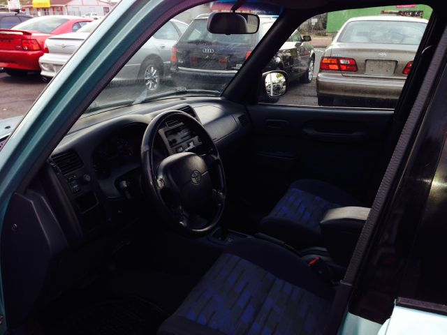1997 Toyota RAV4 Volante S