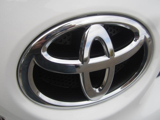 2013 Toyota RAV4 SEL Sport Utility 4D