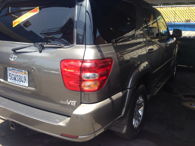 2004 Toyota Sequoia I Limited
