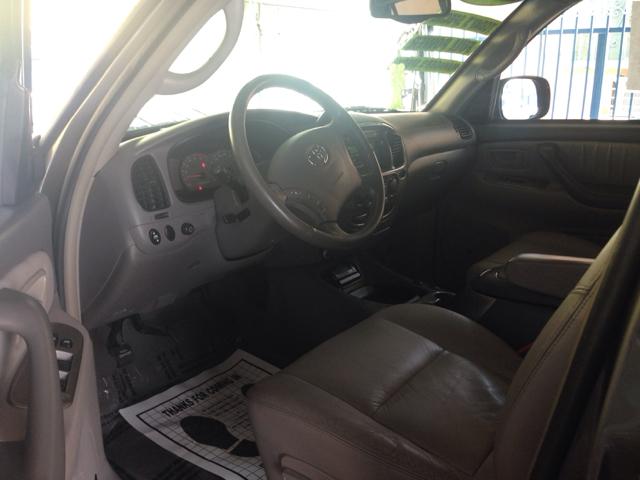 2004 Toyota Sequoia I Limited