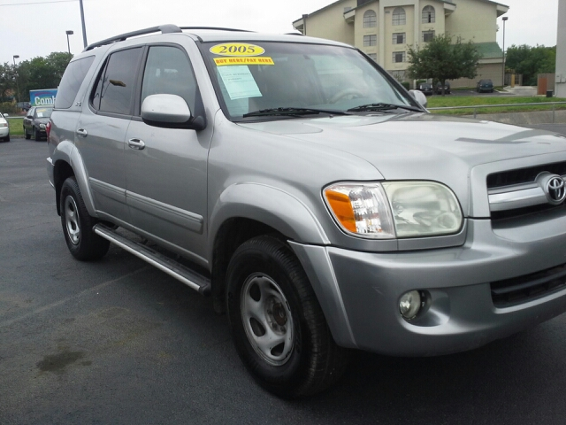2005 Toyota Sequoia GT Limited