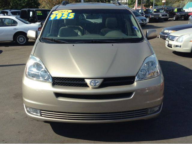 2015 Toyota Estima Hybrid Price Features moreover 1994 Chevrolet Blazer For Sale C122254 likewise 12071 1999 Toyota Sienna besides Phone Charger Output furthermore Audio Parallel Speaker Wiring Diagram. on toyota sienna car radio fm