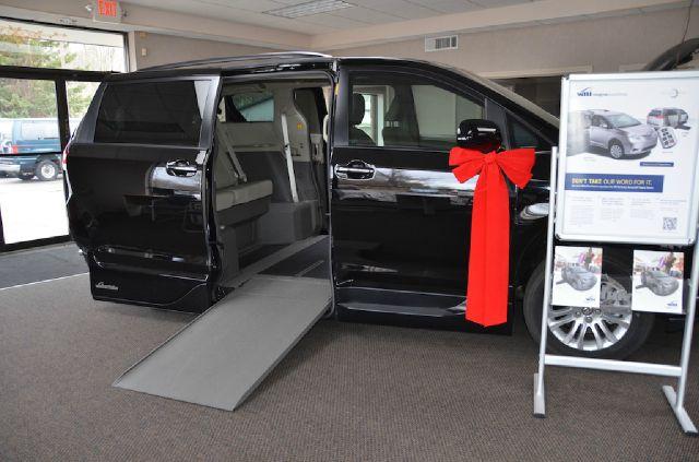 2013 Toyota Sienna GT Black Leather
