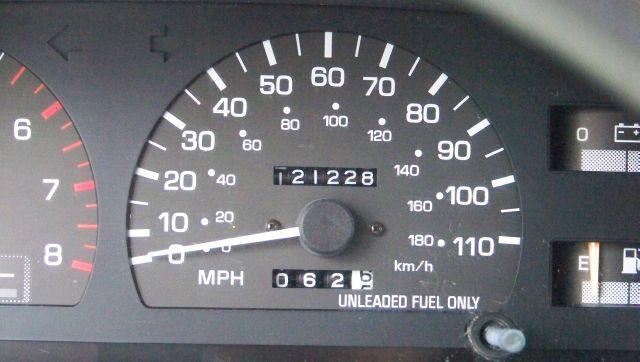 1996 Toyota T100 SE, 7 Pass, C.D. Player