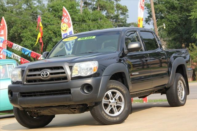 2010 Toyota Tacoma 4dr 2.9L Twin Turbo AWD W/3rd Row