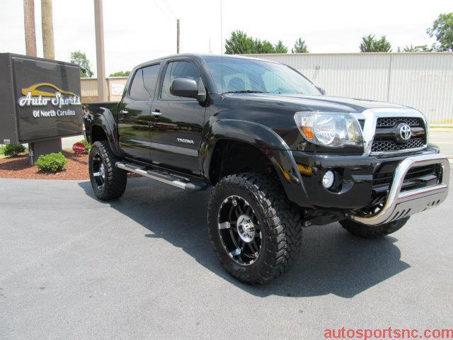 2011 Toyota Tacoma NAV AWD