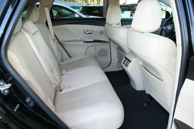 2010 Toyota Venza ML 350 4matic