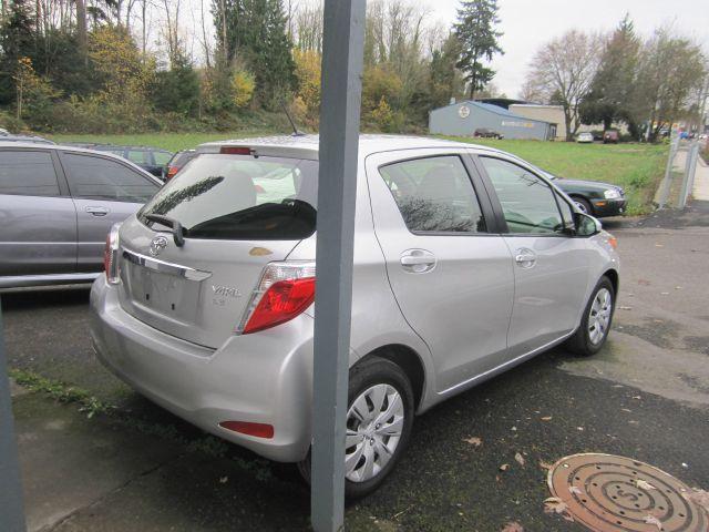 2012 Toyota Yaris 2.0T Local Trade-in