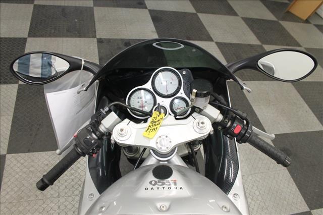 2000 Triumph Daytona 330xi