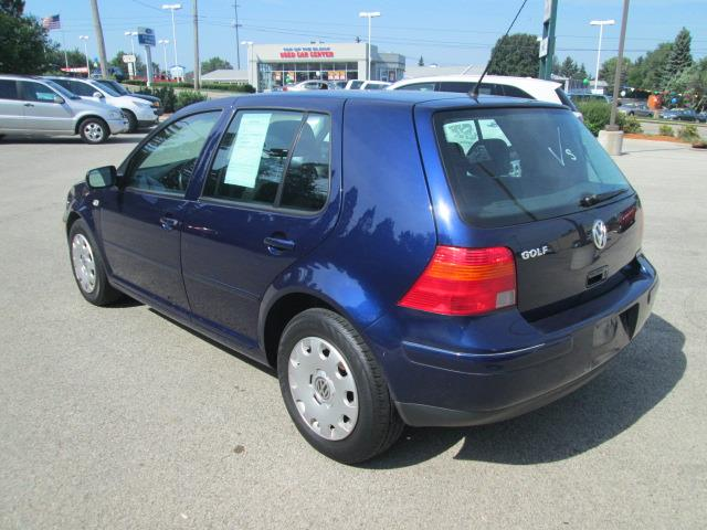 2006 volkswagen golf sle 1 fwd details rockford il 61107. Black Bedroom Furniture Sets. Home Design Ideas