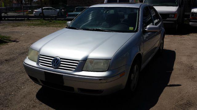 2002 Volkswagen Jetta FWD 4dr Sport