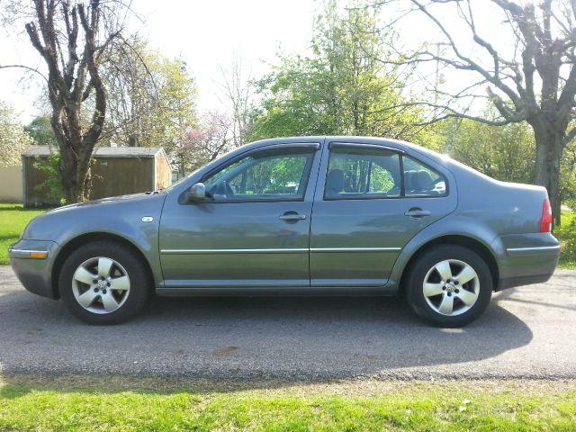 2004 Volkswagen Jetta 4dr 112 WB AWD