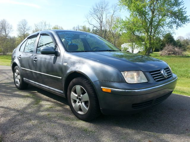 2004 Volkswagen Jetta 4dr 112 WB AWD
