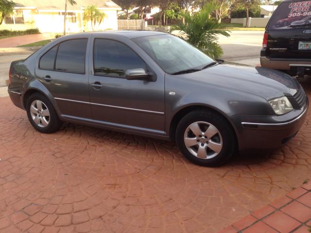 2005 Volkswagen Jetta EXV6 AT Leather