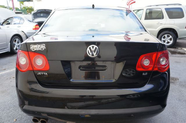 2007 Volkswagen Jetta Touring PKG RES W/nav